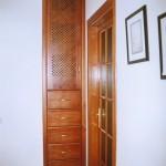 Armario pasillo pino macizo, cajones de 80 cm. de largo con guias metálicas